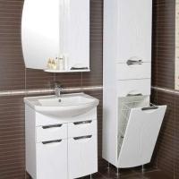 Шкафы и пеналы для ванной комнаты